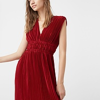 Pleated Dress - Endource