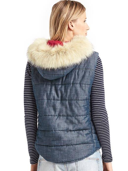 Elie Tahari - Fox Fur-Trimmed Puffer Vest janydo.ml, offering the modern energy, style and personalized service of Saks Off 5th stores, in an enhanced, easy-to-navigate shopping experience.