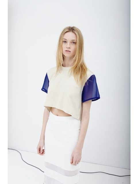 0a5424c4f13dce CREAM AND BLUE DIPPED CROPPED T-SHIRT | Endource