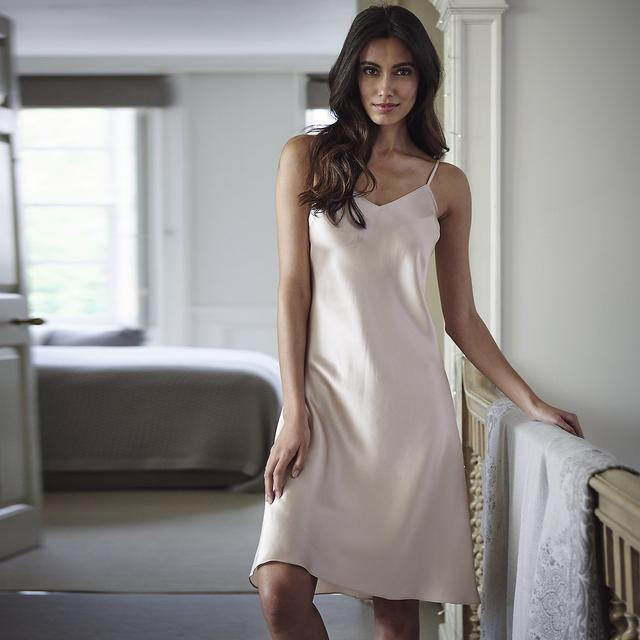 Find great deals on eBay for white silk nightgown. Shop with confidence.