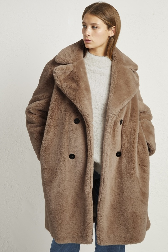 ba4c4e92a6 Annie Faux Shearling Coat | Endource