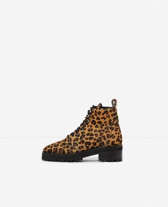 2ae05422d767 Leopard-Print Leather Boots | Endource