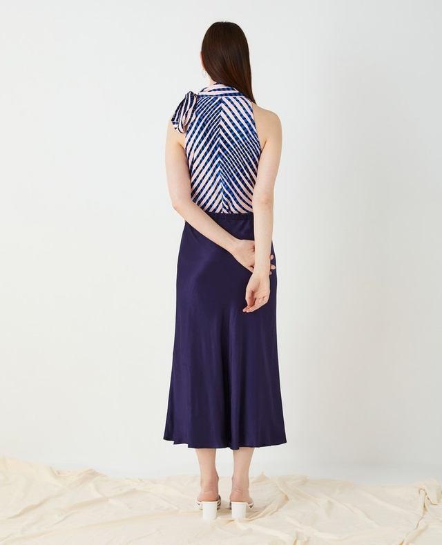 d45ac86dd4 Alberte Satin Midi Skirt | Endource