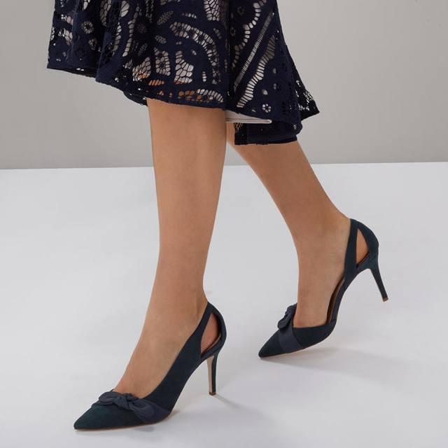 Coast Bow Heel Shoes 9JNRKr7