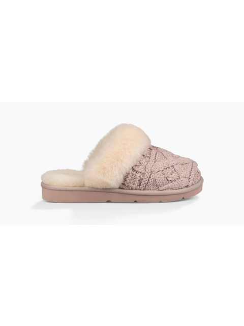cf60ff83bdf Cozy Cable Slippers