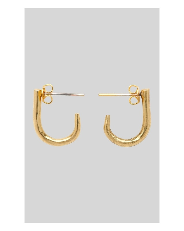 Made Small Curve Stud Earring | Endource