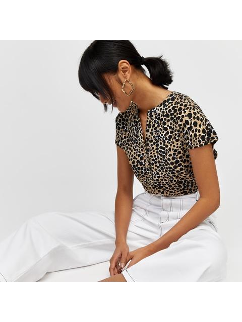 f88333329628 Cheetah Print Button Side Top | Endource