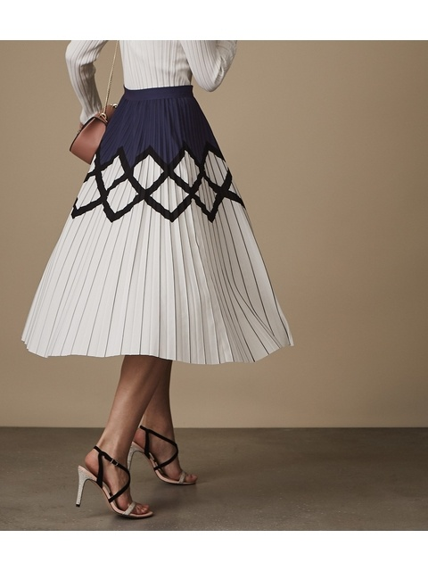 a6ec9cb0c Elsa Printed Knife-Pleat Midi Skirt   Endource