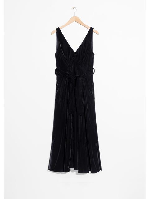 52f153711c61 Velvet Dress