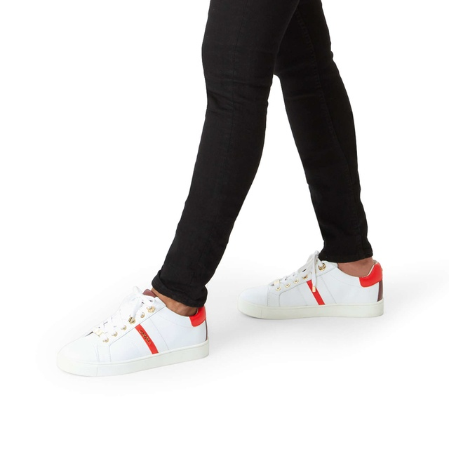 shop for official designer fashion promotion Lisa Low Top Trainers