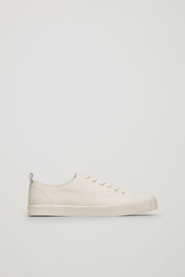 Lace-up Canvas Sneakers | Endource