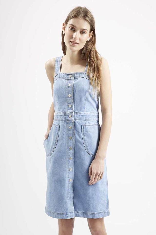 Denim Button Front Dress by Topshop: https://www.endource.com/product/topshop-denim-button-front-dress...
